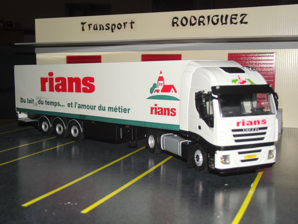 Miniatures camions 1/50 et 1/43 de David 36. Strali18