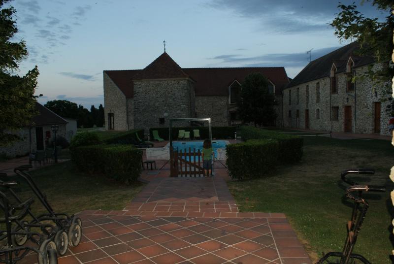 Les hôtels environnants Dsc09711