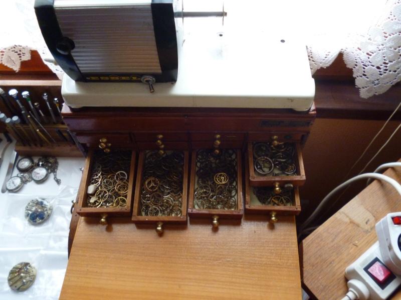 La caverne d'Ali Baba : Atelier et collection d'un passionné autodidacte réparant les montres! Photos26