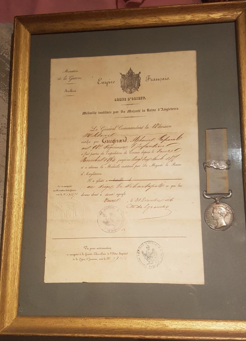 Médaille Crimée avec agrafe et ruban  20210810