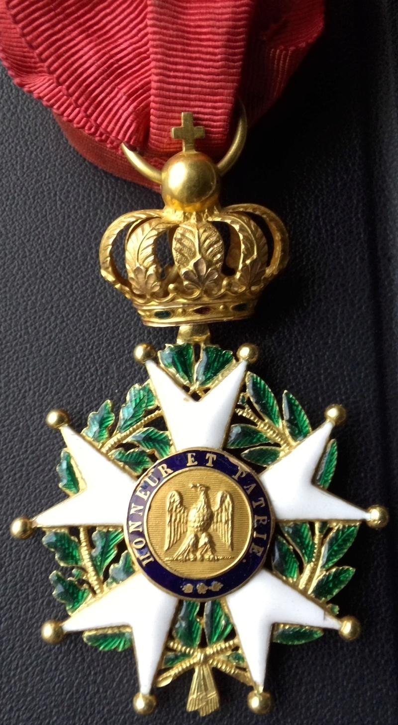 Aide sur un détails des Légions d' Honneur Win_1141
