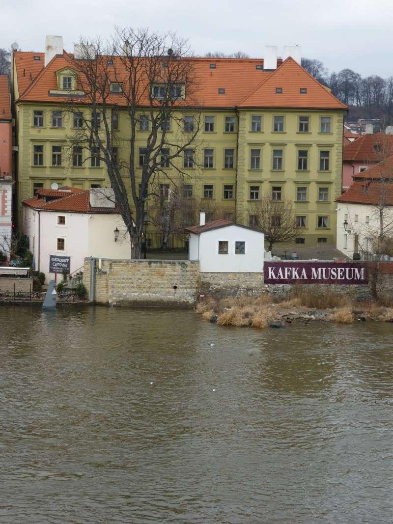 Prague - Page 3 Photo_23