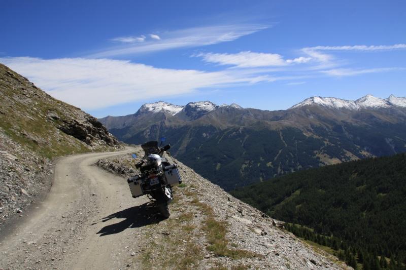 Vos plus belles photos de motos - Page 2 Img_3410