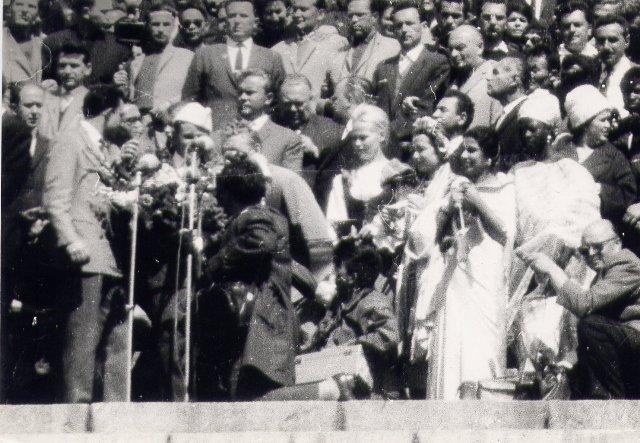 50 ème anniversaire Vol Gagarine - Page 4 Gagari11