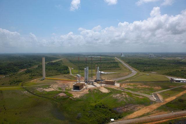"""Lancement Ariane 5ES - V200 - ATV-2 """"Johannes Kepler"""" - Page 7 V2002011"""