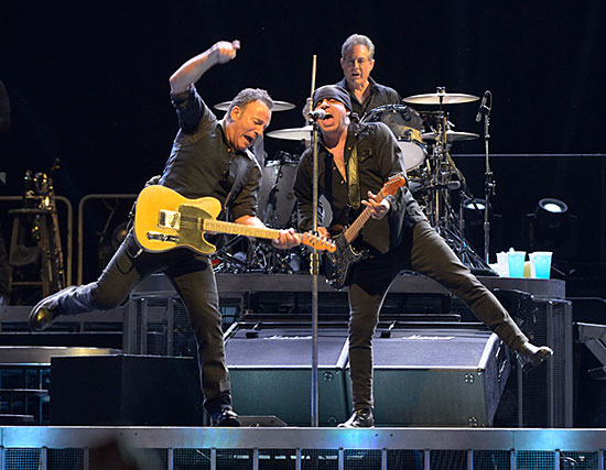 Bruce Springsteen - Page 16 05031311