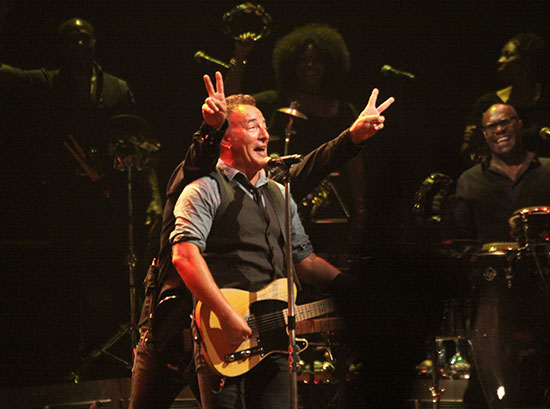 Bruce Springsteen - Page 17 05071313