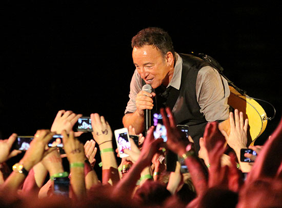 Bruce Springsteen - Page 17 05111310