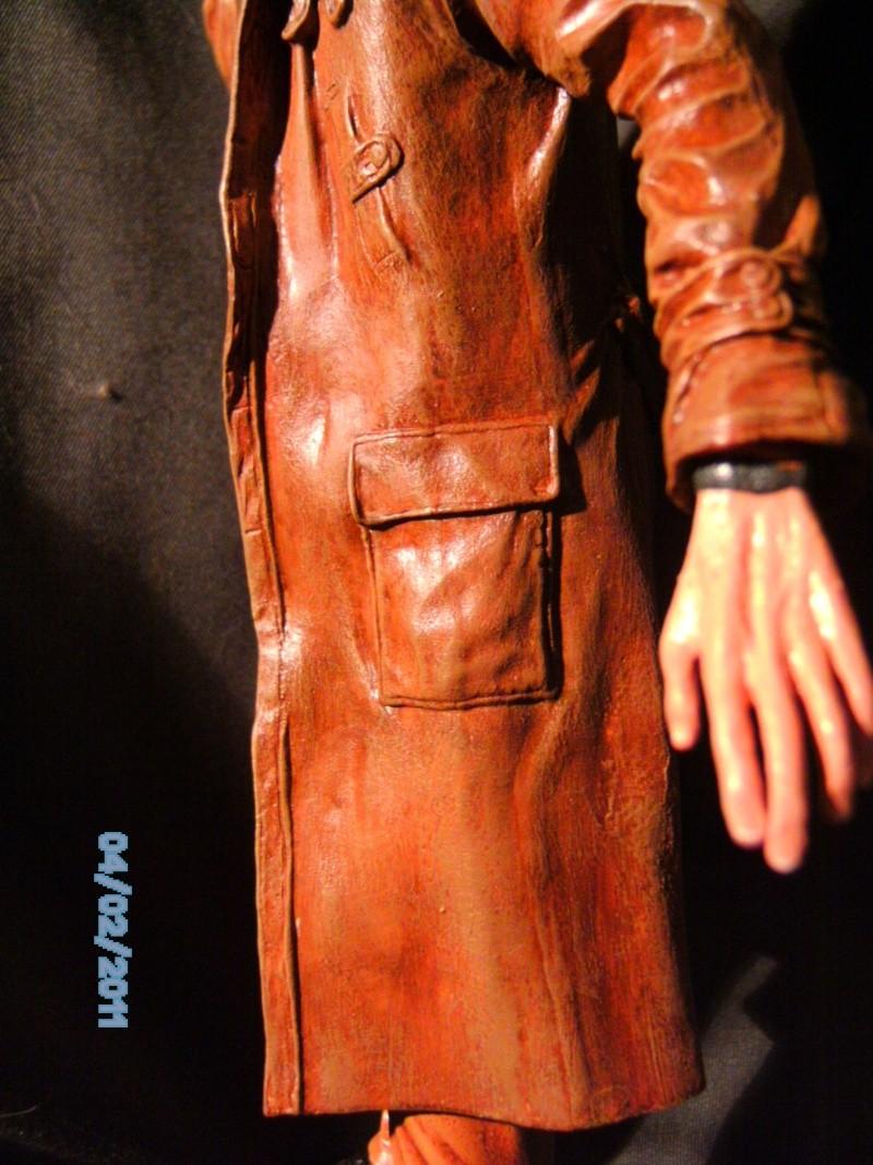 Rick Deckard aus Bladerunner 1:6 von Fantastique Hobbymodel - Seite 2 Pict1938