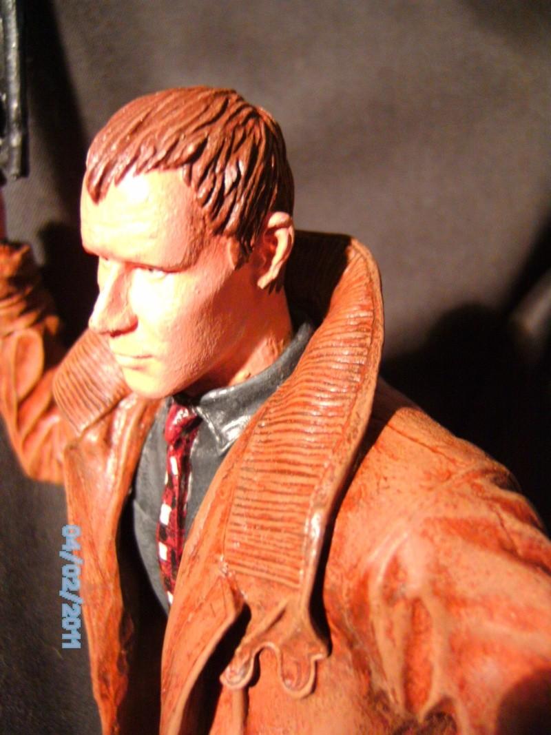 Rick Deckard aus Bladerunner 1:6 von Fantastique Hobbymodel - Seite 2 Pict1939