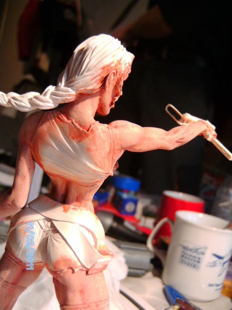 Lara Croft als Nude Raider 1:8 Pict2011