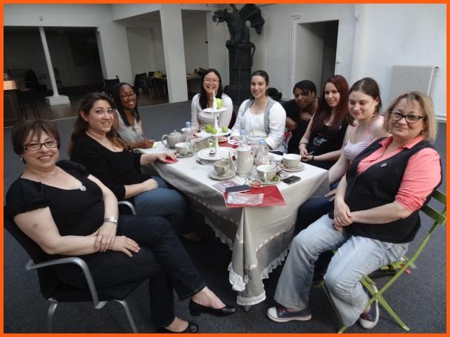 Tea Time anniversaire d'exception chez Milady Romance - 15 juin 2013 Filles11