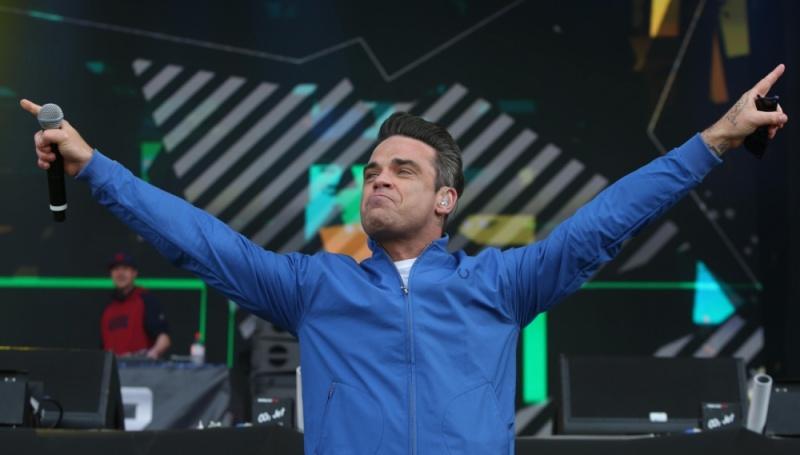 BBC Radio1 Big Weekend Robbie et Dizzee Rascal 24.05.13 13bbch11