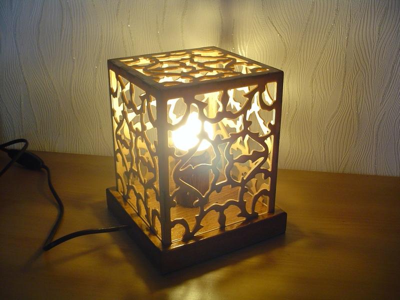 lampe carrée Lampe_10
