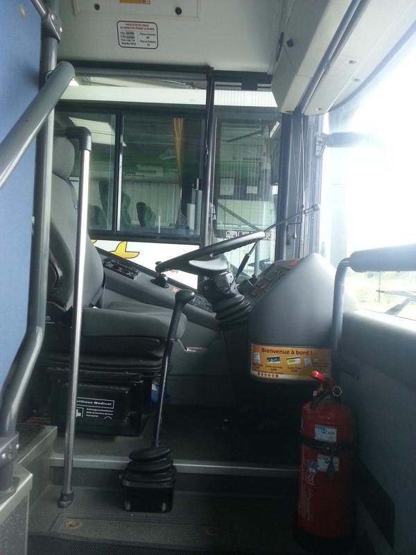 Cars et Bus de Bretagne - Page 3 20130437