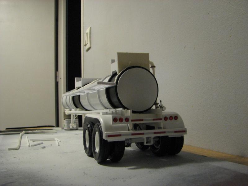 remorque us transport matières corrosives Img_3617