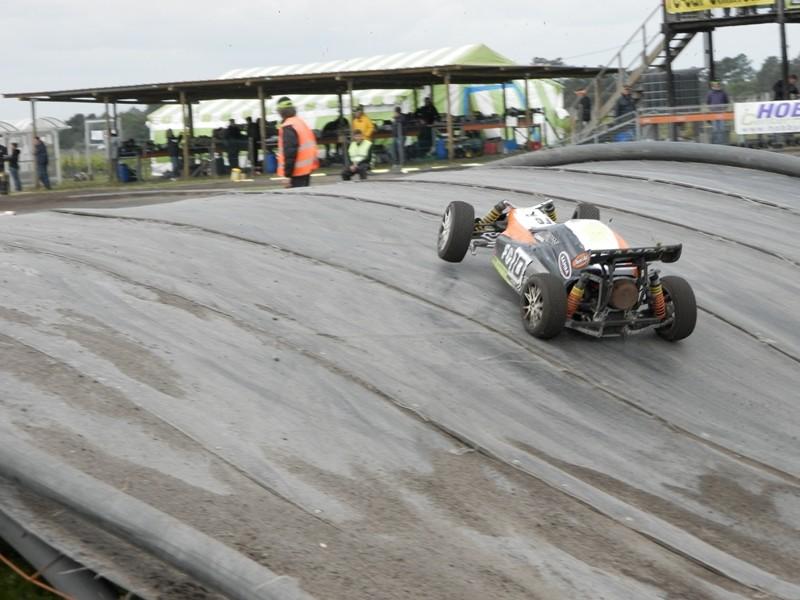 Reportage 2ème GP de Reignac - Page 4 P5190047