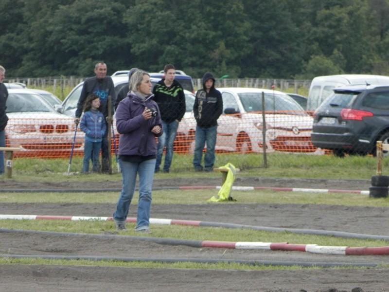 Reportage 2ème GP de Reignac - Page 5 P5190121