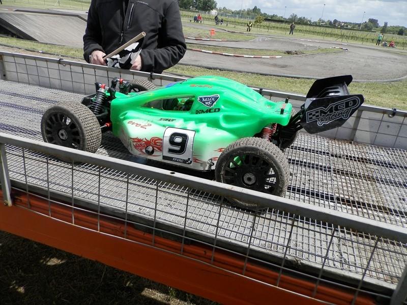 Reportage 2ème GP de Reignac - Page 5 P5190124