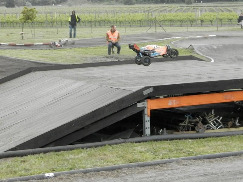 Reportage 2ème GP de Reignac - Page 5 P5190133