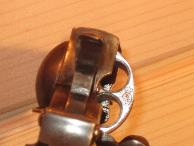 Revolvers (qui connait?) Img_5223