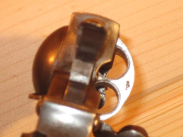 Revolvers (qui connait?) Img_5224