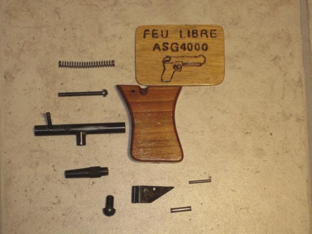 Revolvers (qui connait?) Img_5226