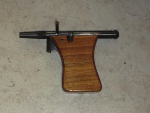 Revolvers (qui connait?) Img_5227