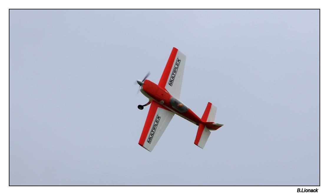 Rassemblement d'aéromodélistes à Morbier Aero0210