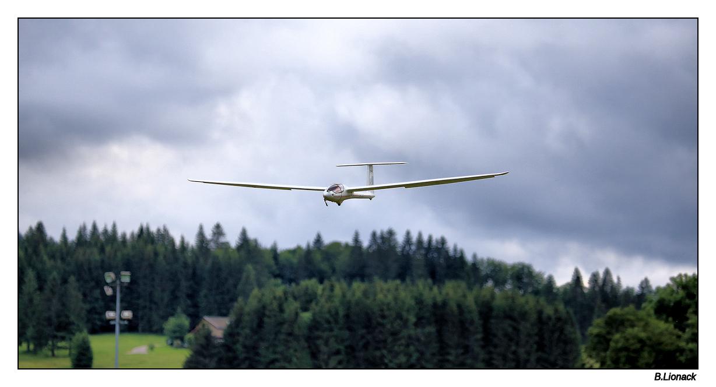 Rassemblement d'aéromodélistes à Morbier Aero0910