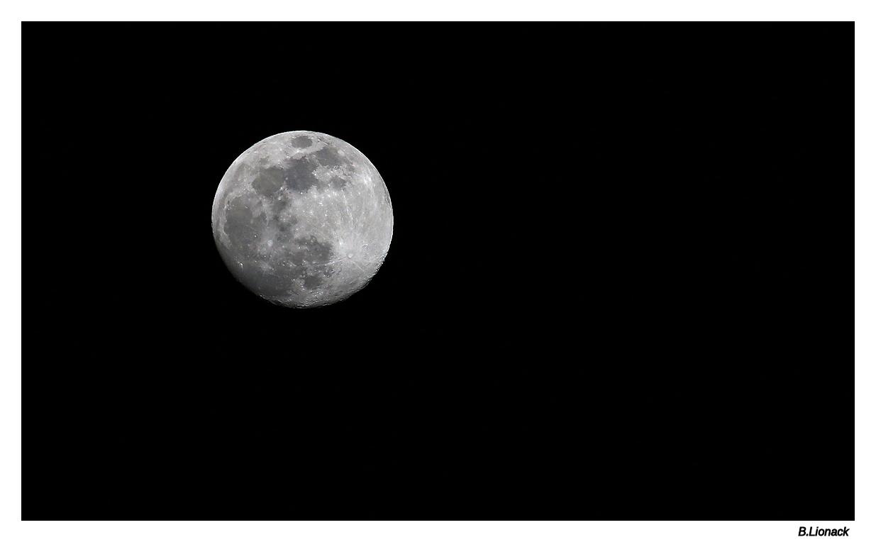 Pleine lune hier soir Moon11