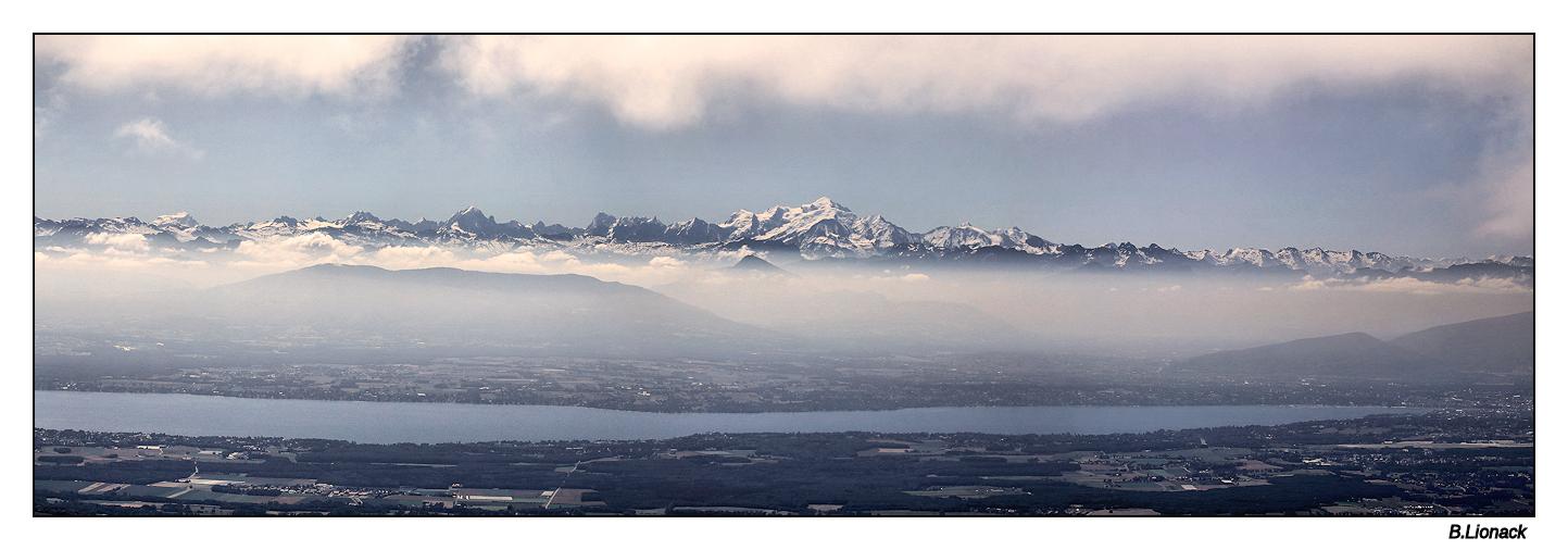 La chaîne du Mt Blanc vue du Jura Panomt10