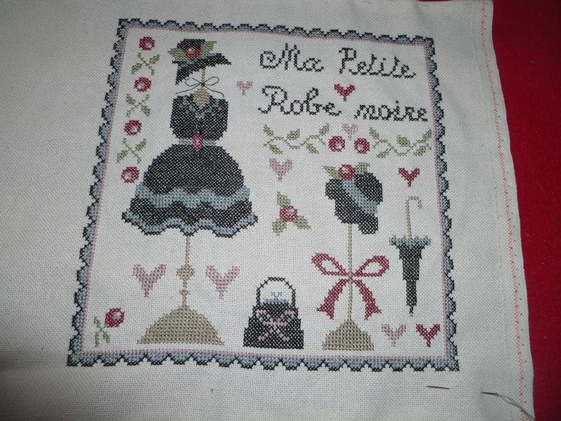 7e et dernier objectif du SAL de la petite robe noire !!! P1040510