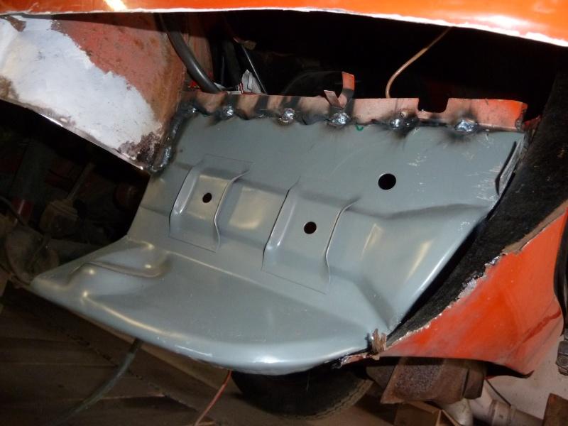 denis du bas rhin et sa Karmann Ghia de 73 sortie de grange - Page 12 P1030010