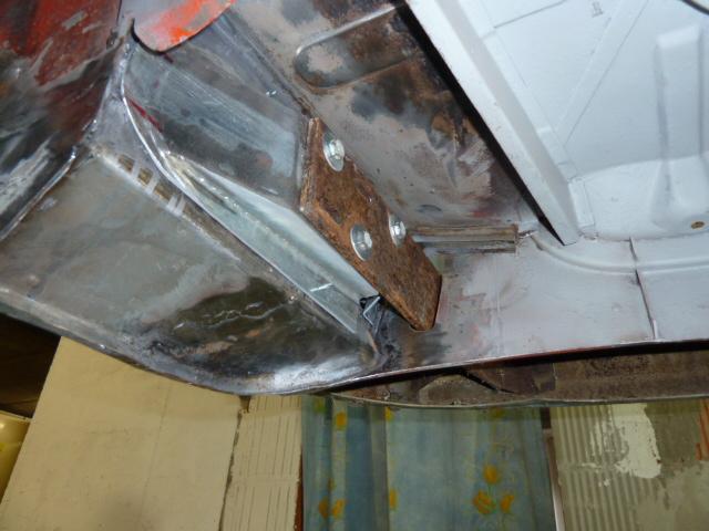 denis du bas rhin et sa Karmann Ghia de 73 sortie de grange - Page 12 P1100017