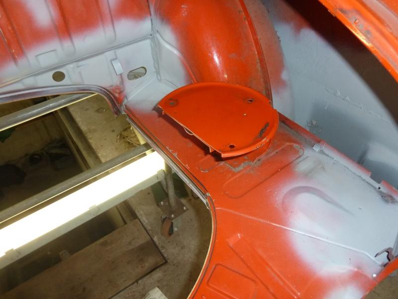 denis du bas rhin et sa Karmann Ghia de 73 sortie de grange - Page 13 P1100411