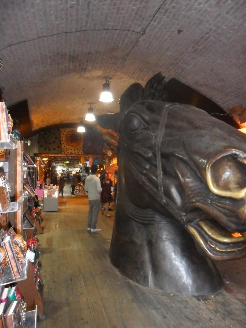 Mon voyage en Grande Bretagne - 9 - Londres , Camden Market Sam_2615