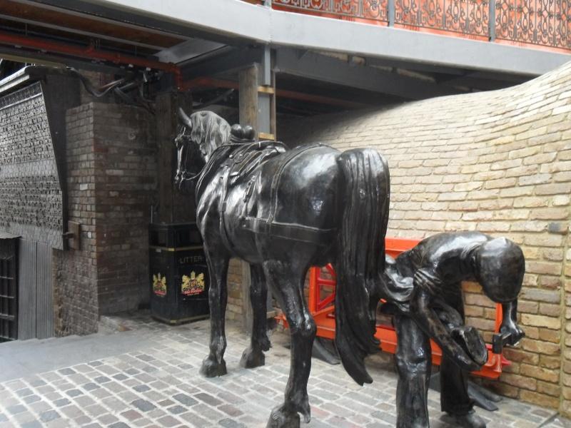 Mon voyage en Grande Bretagne - 9 - Londres , Camden Market Sam_2616