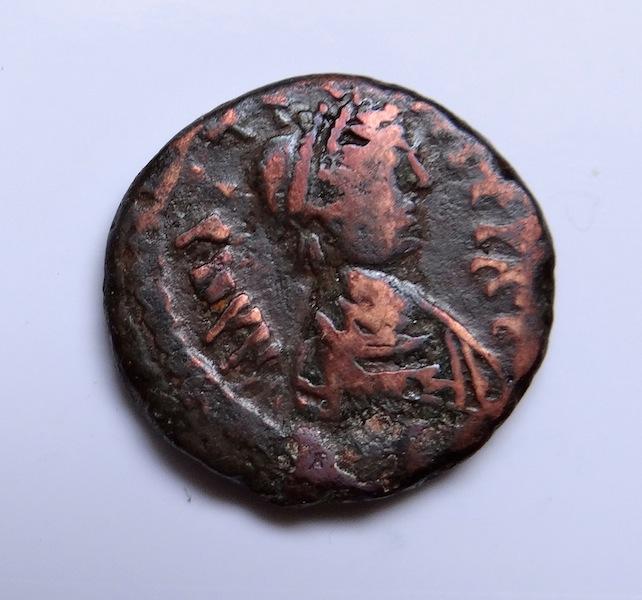 Diverses monnaies à identifier... Dsc02620