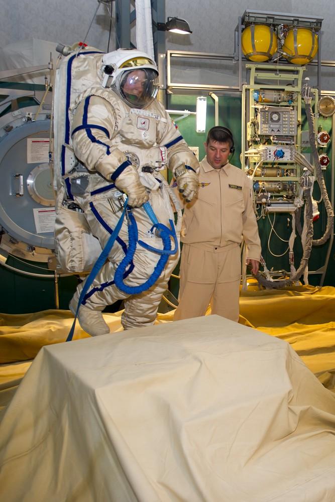 Lancement, amarrage et atterrissage de Soyouz TMA-07M  - Page 4 Soyuz_26