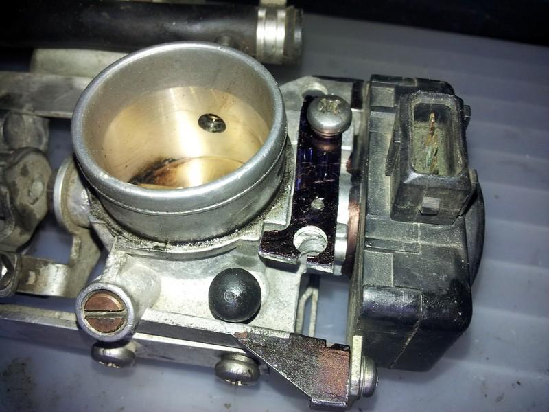 K1100 throttle bodies on a K100 - Page 2 20130410