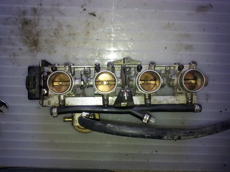 K1100 throttle bodies on a K100 - Page 2 Modifi11