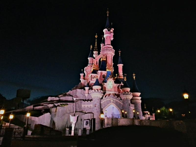 Vos photos nocturnes de Disneyland Paris - Page 2 2013-011