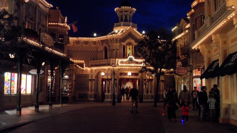 Vos photos nocturnes de Disneyland Paris - Page 2 Sam_0720