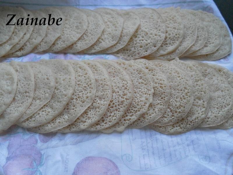 Baghrir ou Beghrir ou B'ghrir marocain/Pancakes marocains/Crêpes marocaines aux mille trous Bghrir10