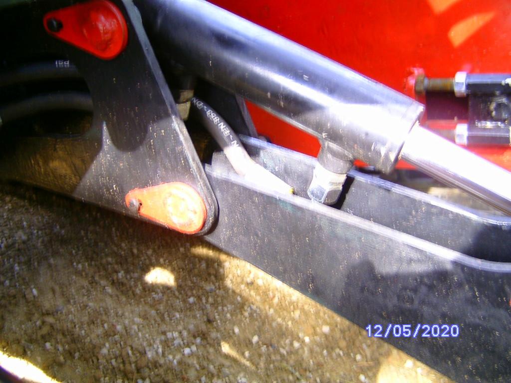 Sous la loupe :Le kit voie variable HHO - Page 16 Bild4749