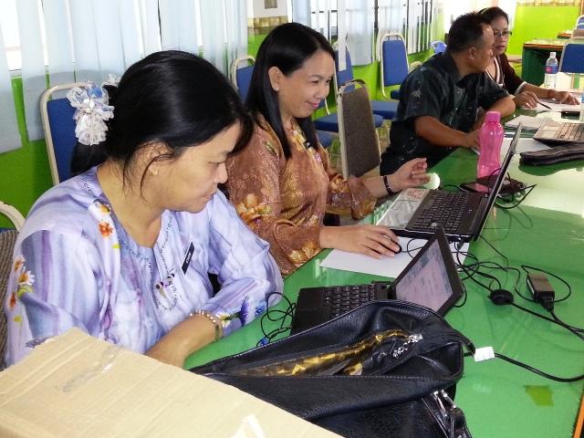 Majlis Guru Cemerlang Zon Pedalaman : Bengkel Membina Laman Web (27jun2013) Dsc_2616