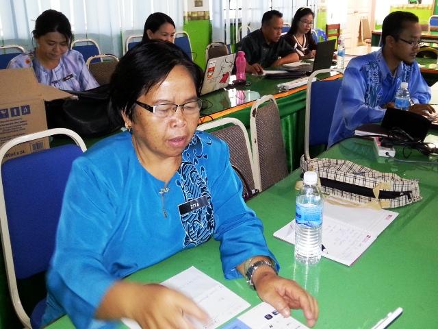 Majlis Guru Cemerlang Zon Pedalaman : Bengkel Membina Laman Web (27jun2013) Dsc_2617