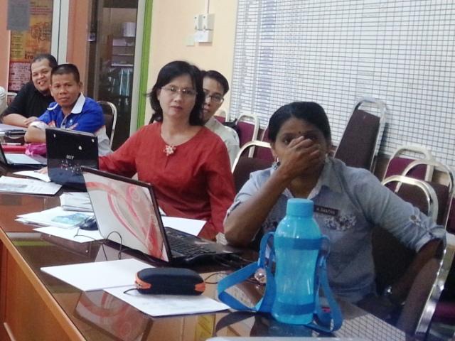 Bengkel Kreativiti ICT Dalam P&P Guru2 Cemerlang Daerah Keningau -11mei2013 Z10