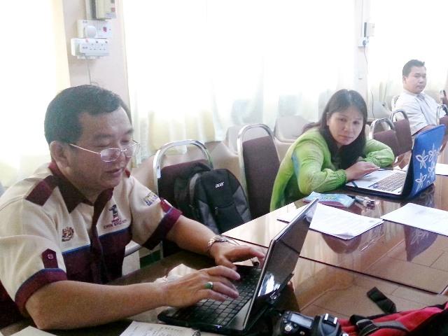 Bengkel Kreativiti ICT Dalam P&P Guru2 Cemerlang Daerah Keningau -11mei2013 Z14